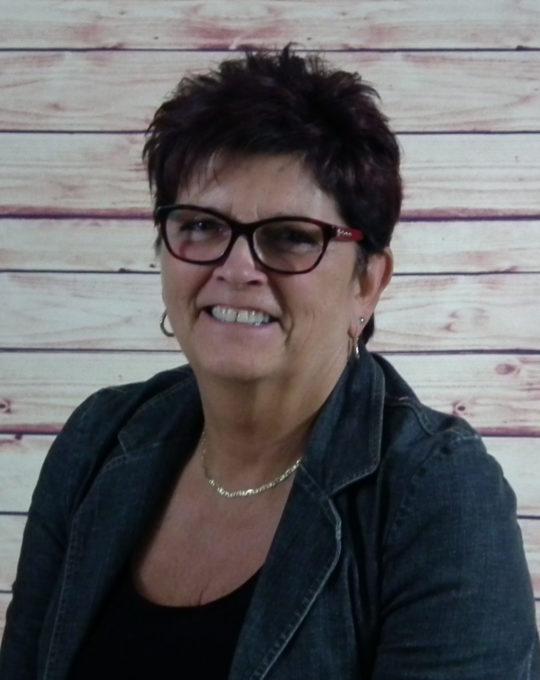 Mme Doris Jette