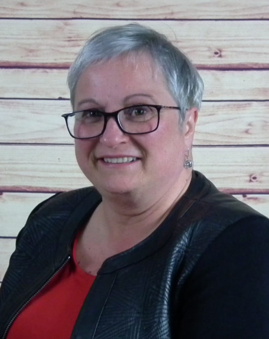 Mme Julie Bibeau